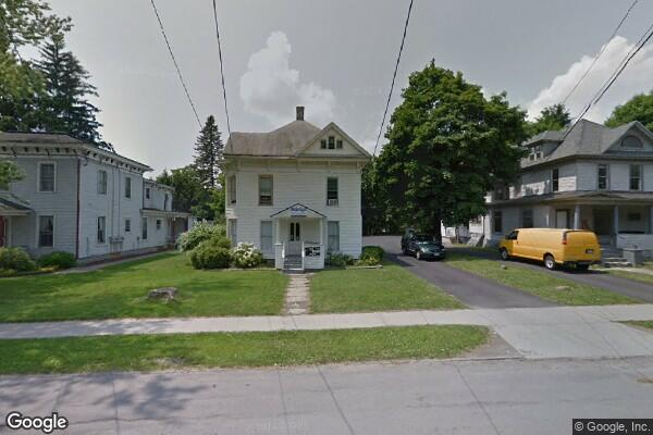 45 Maple St, 1 (Photo 3)