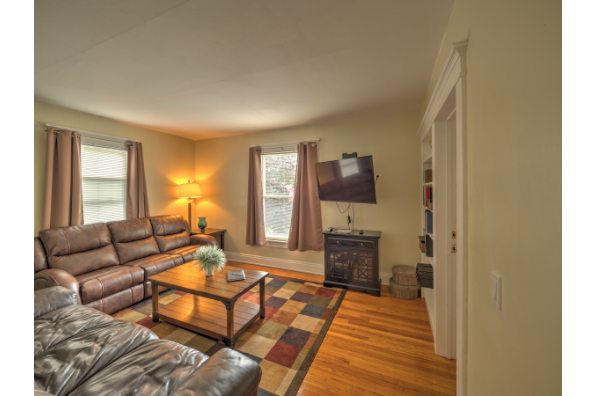 378 Main St, Apt 2 (Photo 3)