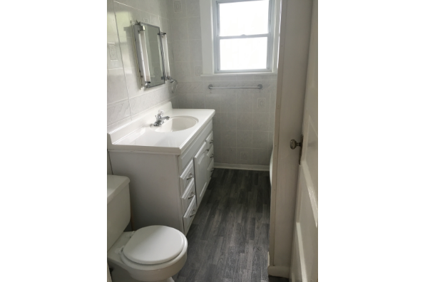 74 Ford Ave, Apt 2 (Photo 4)