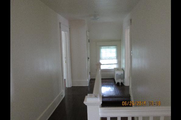 49 Fairview Avenue, 3 (Photo 6)