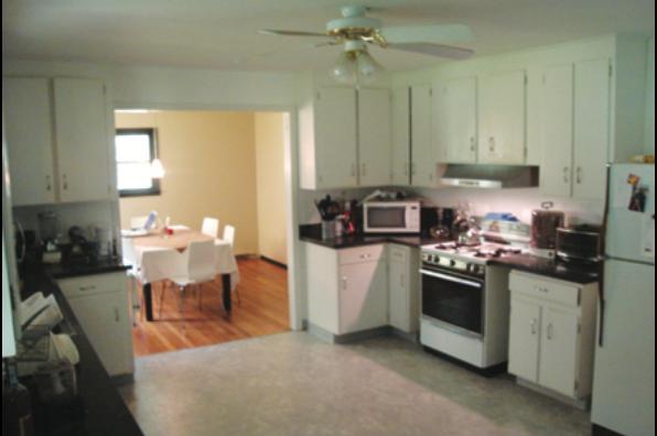 6 Bedroom off-campus student housing near Cornell University