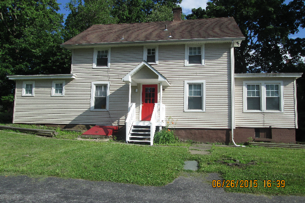 49 Fairview Avenue, 1 (Photo 1)