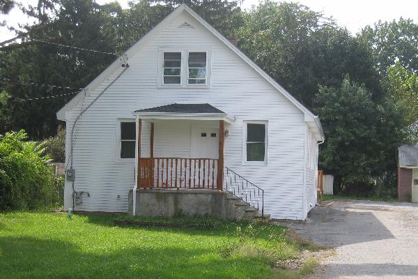 135 Violet Avenue (Photo 1)