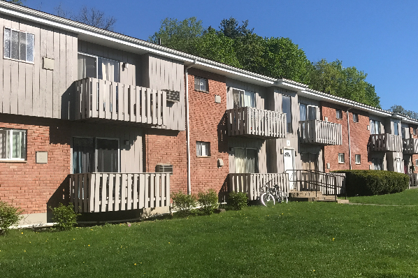 Southside Terrace Apartments, Deluxe 1 Bedroom Buildings 3 and 4 (Photo 1)