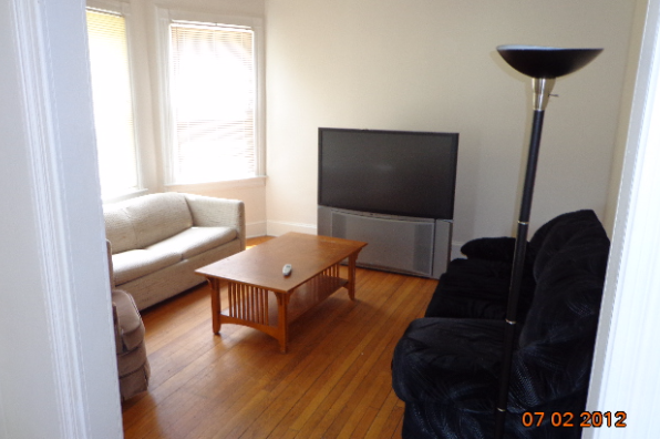 12 Vincent Street, Apt 2 (Photo 1)