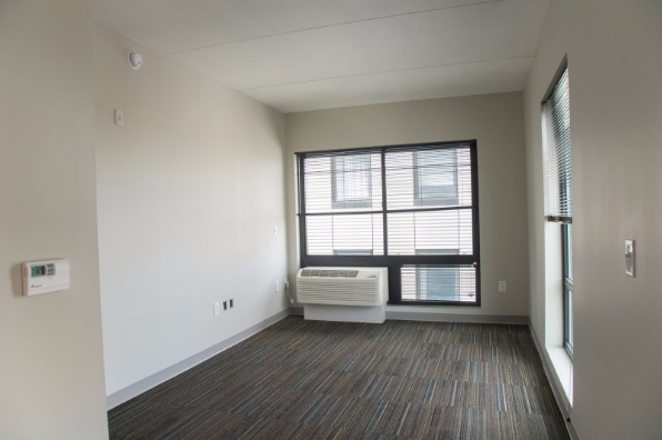 3939 chestnut, 1 Bedroom 2 (Photo 1)