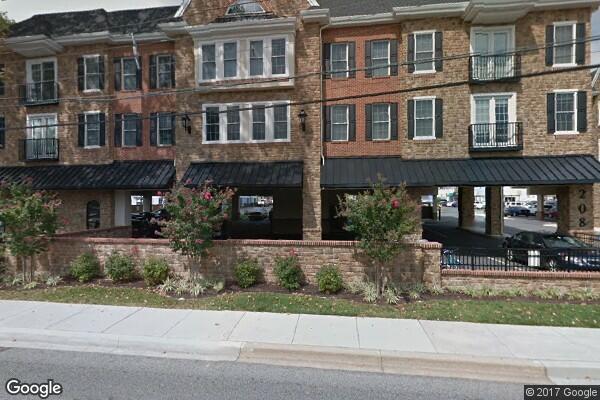 Campus Edge, Apt 207    5 tenants (Photo 1)