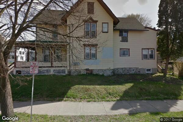 135 Laurel Avenue, 1 (Photo 1)