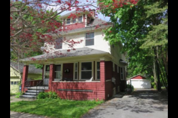 213 Greenwood Place, 215 (Photo 1)