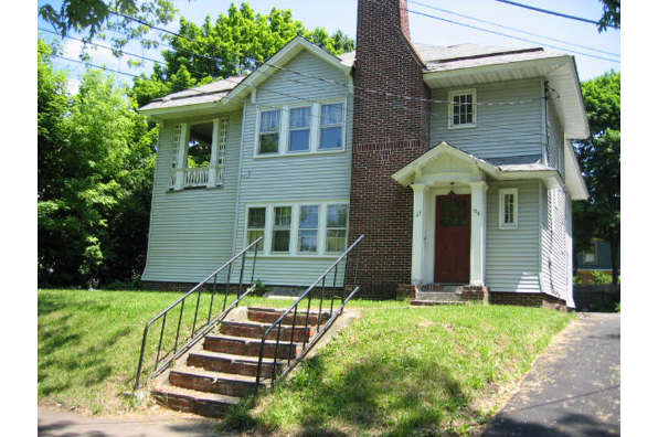 123 Cambridge Avenue (Photo 1)