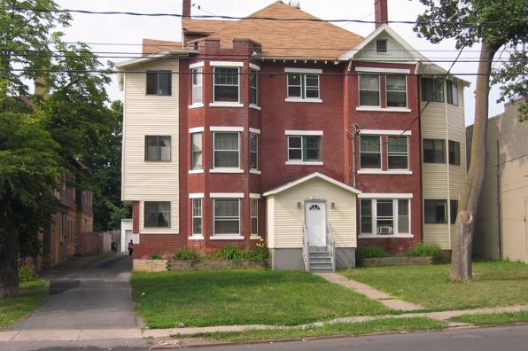 1633 East Genesee Street, 1 Bedroom (Photo 1)