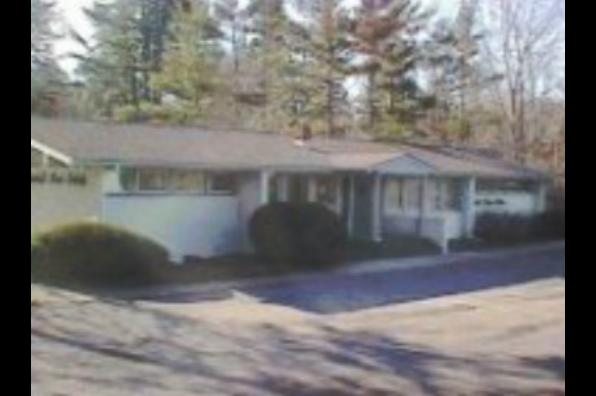 186 Pleasant Grove Road, 2 (Photo 1)