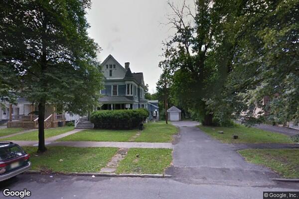 854-56 Lancaster Avenue, apt.1 (Photo 1)
