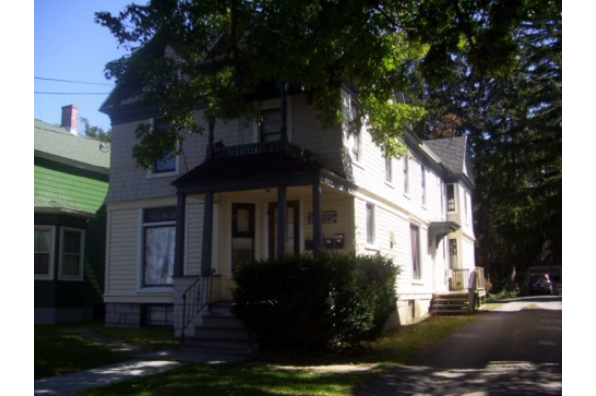 30 Maple Street, 3 (Photo 1)