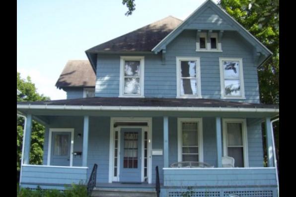 14 Watkins Avenue, 2 (Photo 1)