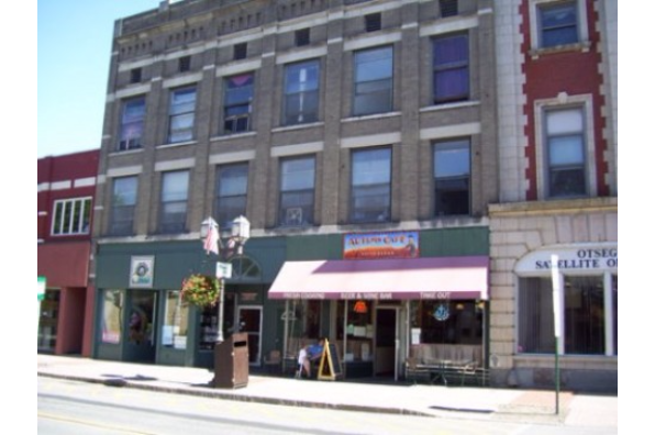 244-248 Main Street, 2E (Photo 1)