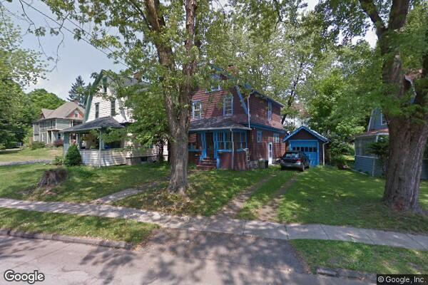 15 Spruce Street (Photo 1)