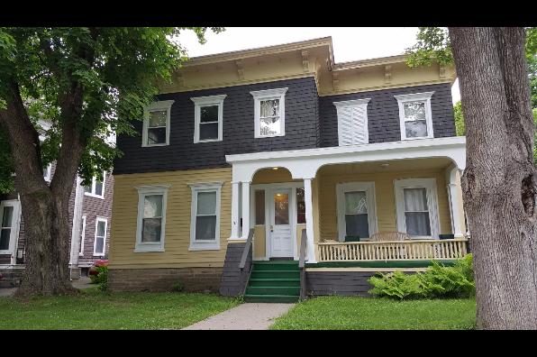 31 Cedar Street, 2 (Photo 1)