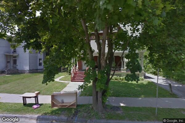 31 Watkins Avenue, 4 (Photo 1)
