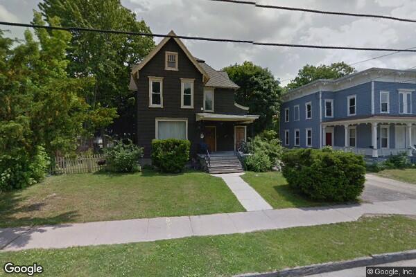 20 Watkins Avenue, 1 (Photo 1)