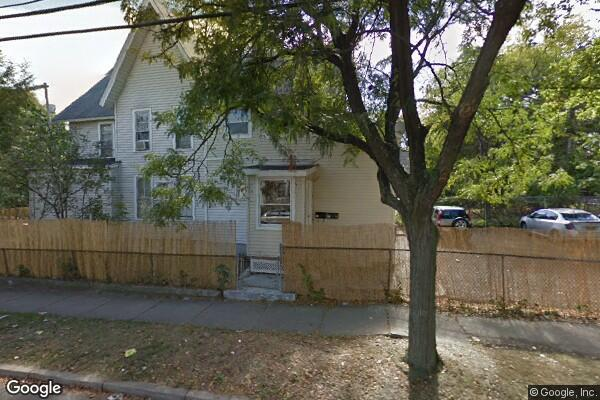 81 Oak Street, 2 (Photo 1)