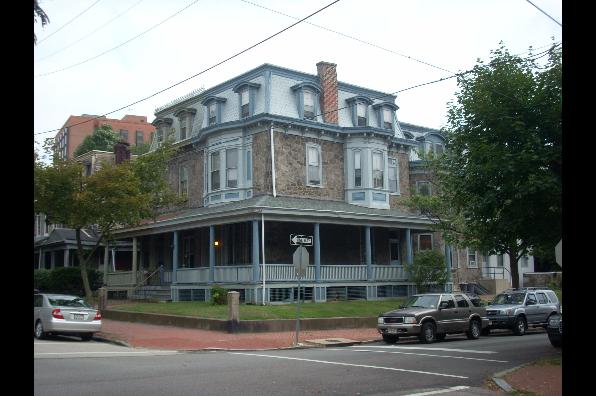 3420 Race Street, 1 Bedroom (Photo 1)