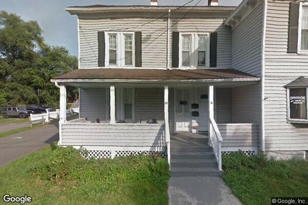 20 N Chestnut St, Apartment #3 (Photo 1)