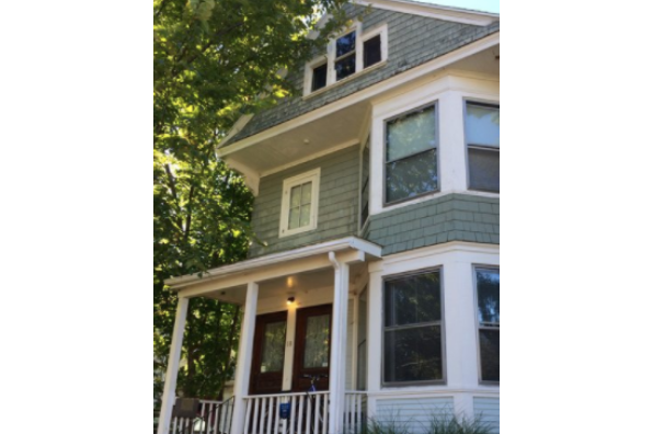 18 Bleeker Ave, 3 (Photo 1)