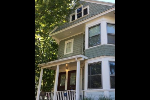 18 Bleeker Ave, 3 (Photo 1)