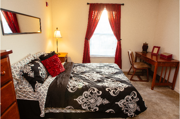 Campus Pointe Apartments, 2 bedroom 2 bathroom Furnished (Photo 2)