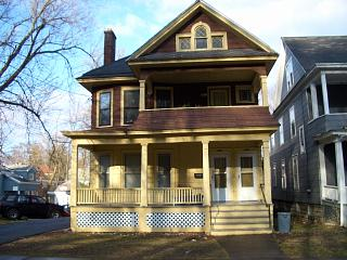 846 Lancaster Ave, 2nd Floor (Photo 1)