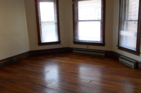 236 East Foster Ave, 236B (Photo 1)