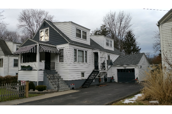 312 Wood St, Two Bedroom Upper (Photo 1)