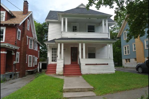 961 Ackerman Ave, 959- 3 Bedroom (Photo 1)