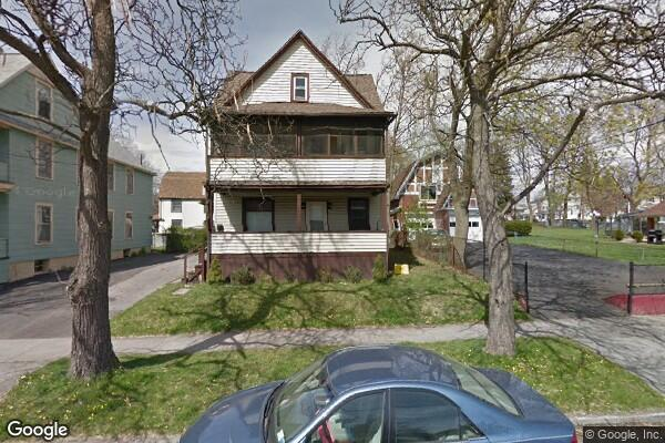 150 Leroy St, Apt (Photo 1)