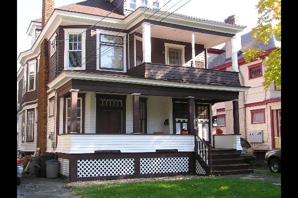 233-35 Roosevelt Ave, 1st Floor (Photo 1)