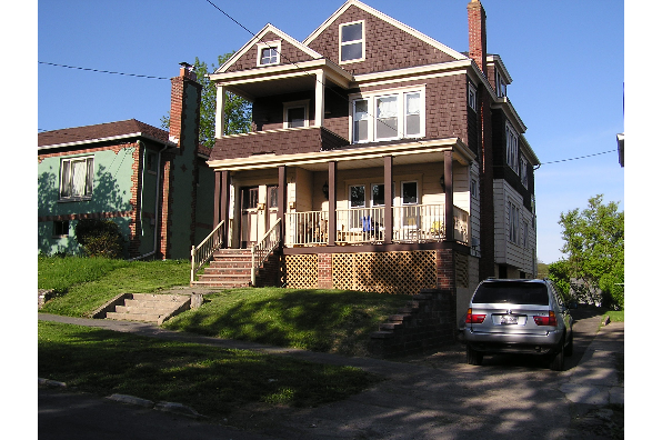 421-23 Roosevelt Ave, 1st Floor (Photo 1)