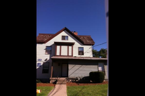 1305 East Adams, 4 Bedroom 1 Bath (Photo 1)