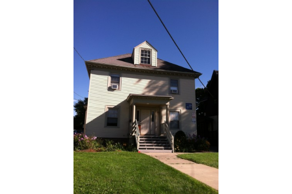 1307 E Adams St (Photo 1)