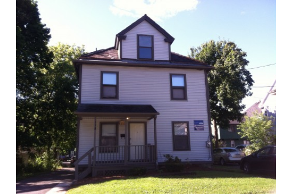 118 Clarendon St (Photo 1)