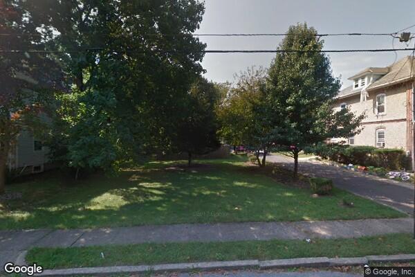 227 Laurel Ave (Photo 1)
