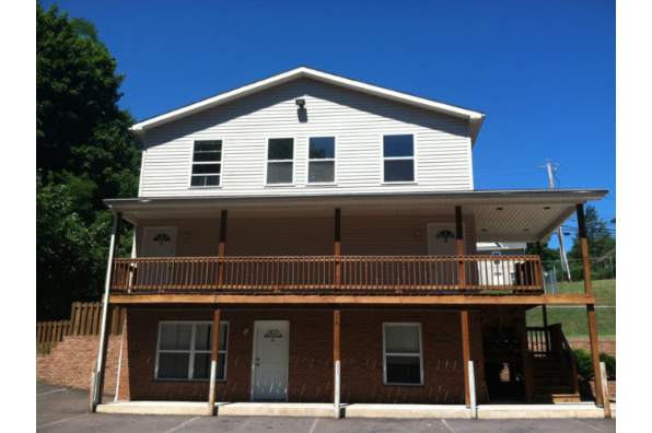 375 Fetterman Ave, 375 Apt. B (Photo 1)