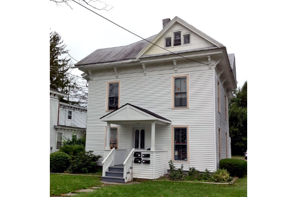 45 Maple St, 3 (Photo 1)