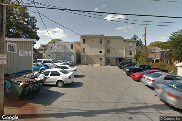 418 W. Main St. Apt B, Seeking 1 female to share spaciousapartment w/ 6 others (Photo 1)