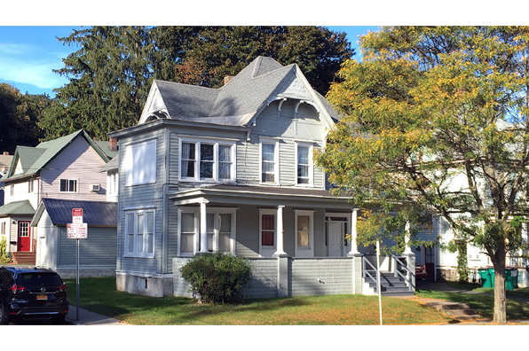 55 Spruce St, Down (Photo 1)