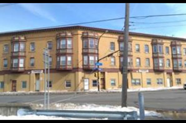 1073 Grant Street, 3 Bedroom (Photo 1)