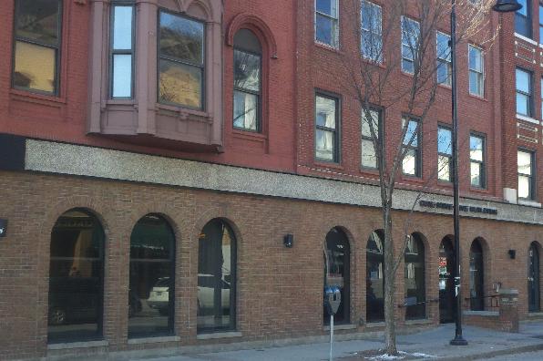 191 College Street, 2 Bedroom (Photo 1)