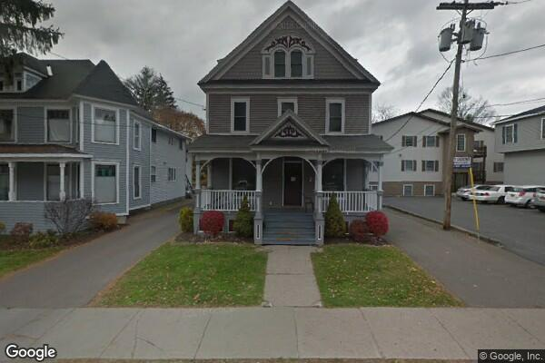92 Groton Ave (Photo 1)