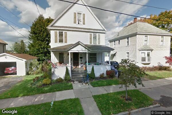 20 Harrington Ave (Photo 1)