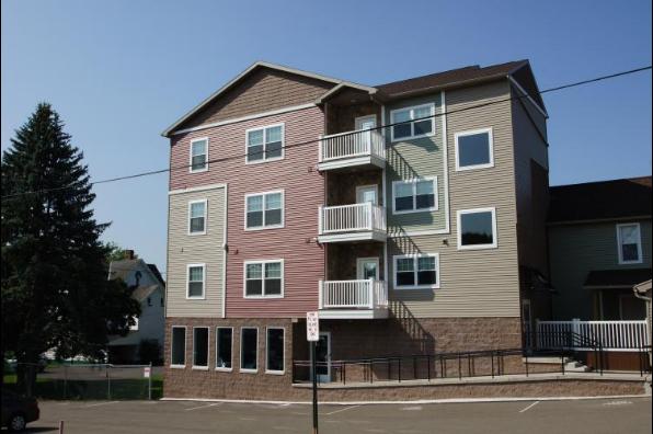 144 E Ridge Ave, 7 Bedroom (Photo 1)